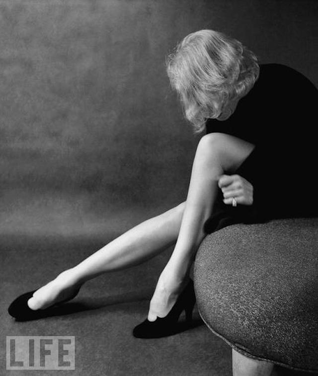 Marlene-Dietrich-by-Milton-Greene2